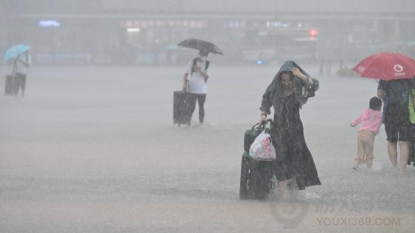 郑州一小时降雨超100个西湖 一小时200毫米降水量是什么概念